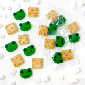 Passover matzah & green frogs mini marzipan candy bites duets