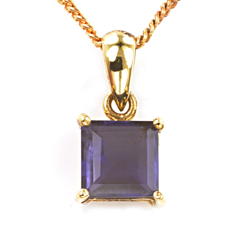 9ct Yellow Gold Iolite Pendant