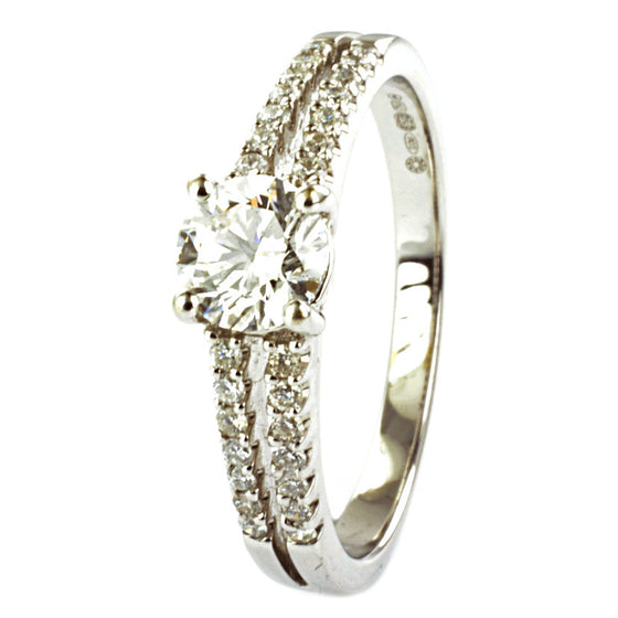 18ct White Gold Certificated Diamond Engagement Ring