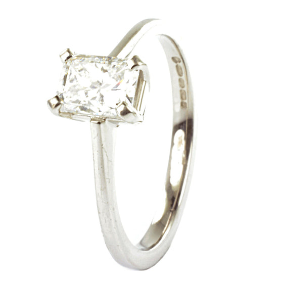 18ct White Gold Radiant Cut Diamond Solitaire