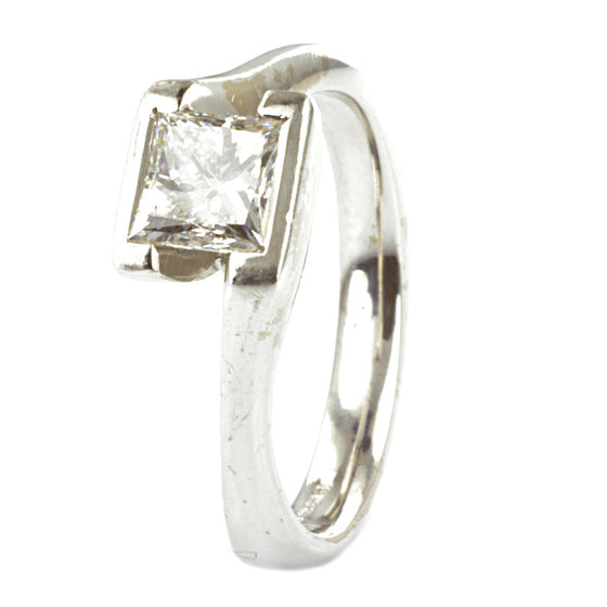 18ct White Gold Princess Cut Diamond Solitaire