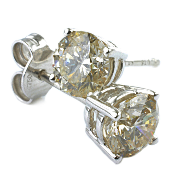 18ct White Gold Diamond Ear Studs