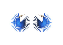 Load image into Gallery viewer, Midi Wheel Earrings