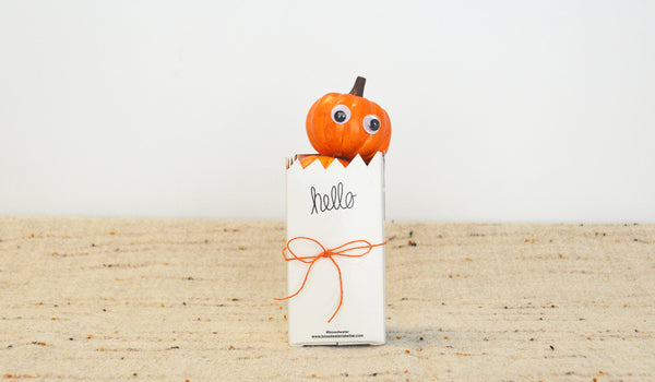 Boxed Water Pumpkin Centerpiece Solo
