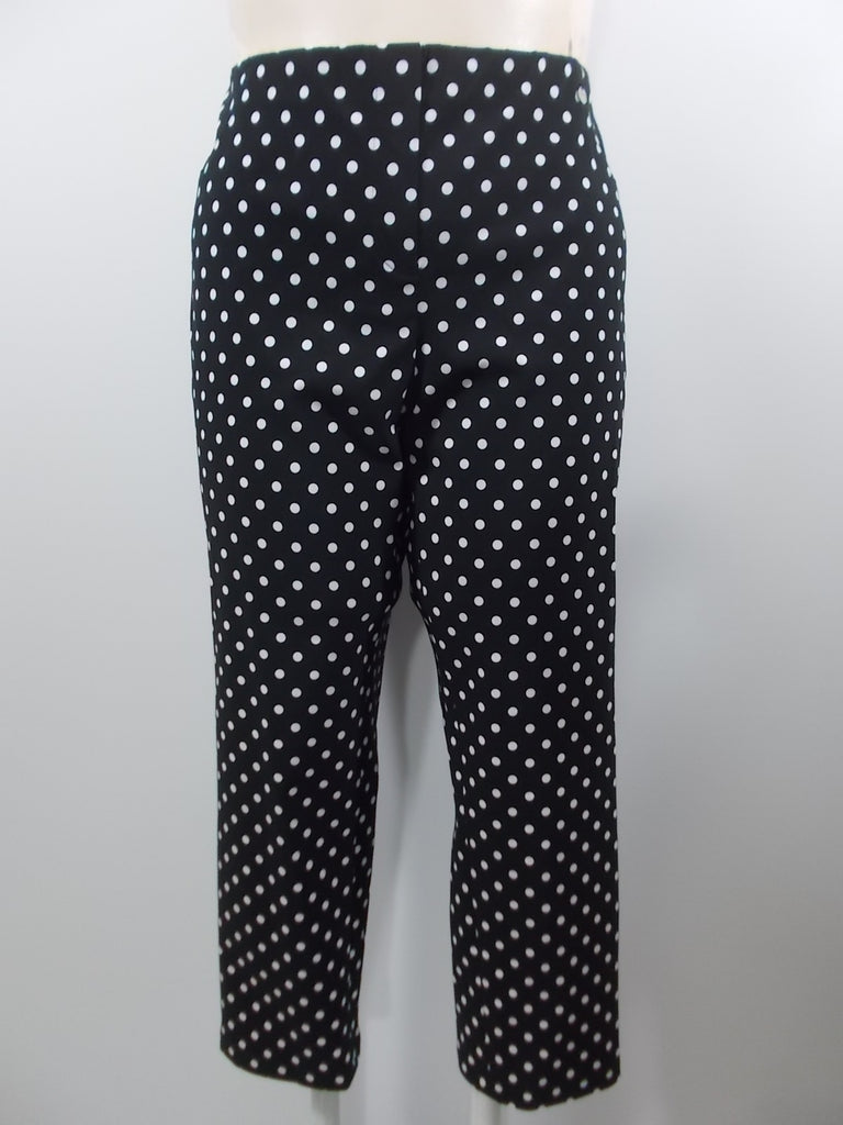 Robell - Black/White Super Slim Fit Dot 2 Back Pockets Capri Pant - Linnea's Boutique & Vera's Threads