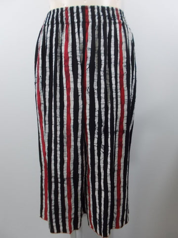 Iguana - Black/White/Red Handpainted Wide Waistband 2 Pocket Palazzo Flood Pant - Linnea's Boutique & Vera's Threads