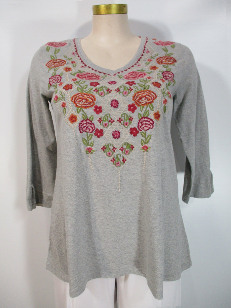 Caite - Grey/Multi Cotton Slub 3/4 Split Sleeve V-Neck Brenna Embroidered Top - Linnea's Boutique & Vera's Threads