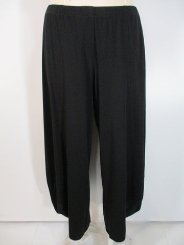 Alembika - Black Knit Basic Punto Ankle Pant - Linnea's Boutique & Vera's Threads