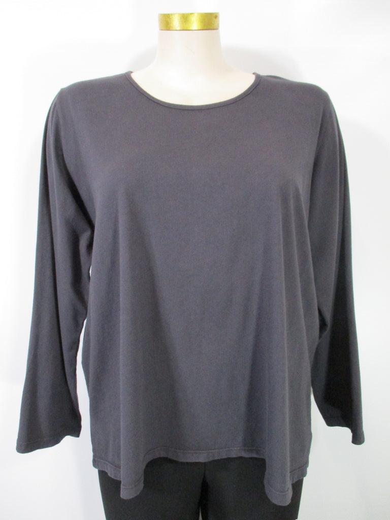 Fenini - Charcoal Long Sleeve Solid Tee - Linnea's Boutique & Vera's Threads