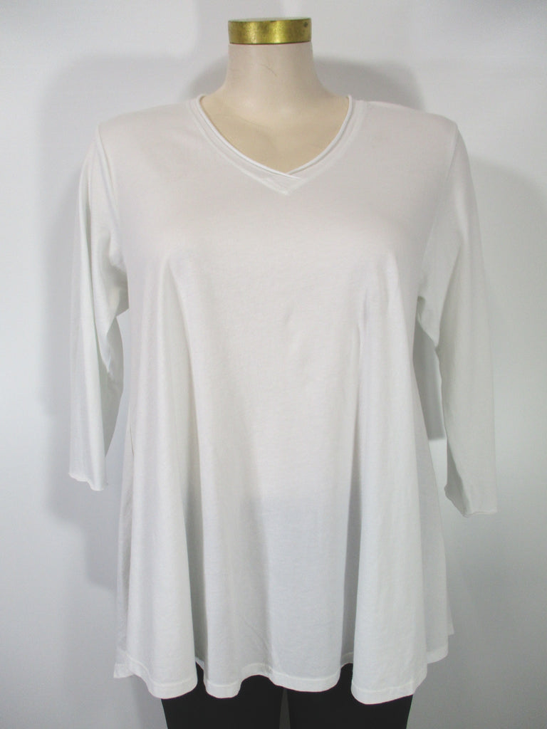 M Square Essentials - White 3/4 Sleeve V-Neck Generous Swing Tunic Tee
