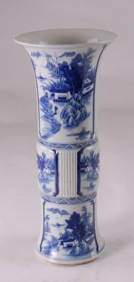 Blue & White Canton Vase Outdoor Scenes