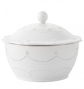 "Berry & Thread Whitewash 8"" Covered Casserole"