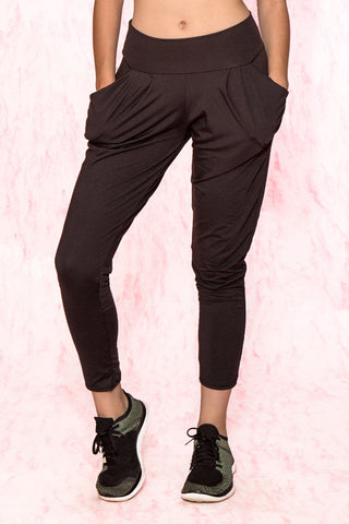 Drape Pocket Workout Pants