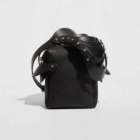 LAYERED SHOULDER PIECE BAG