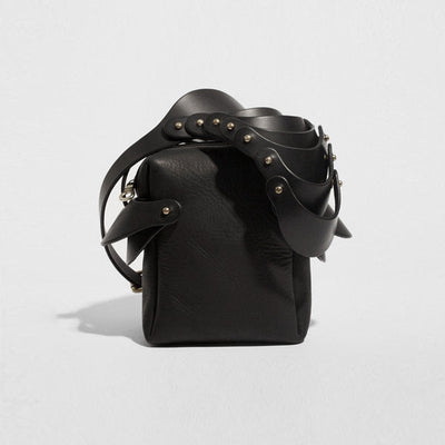 LAYERED SHOULDER PIECE BAG BLACK
