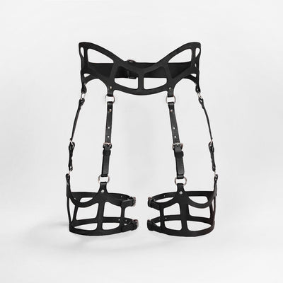 CURVED CUT OUT SUSPENDER HARNESS