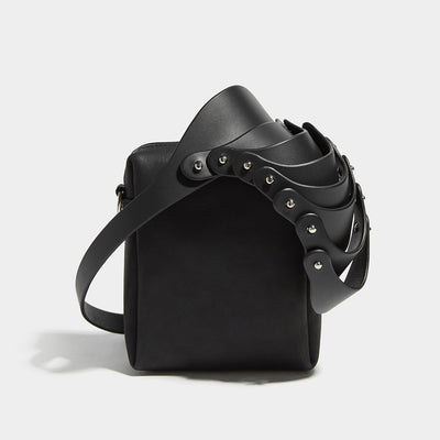 LAYERED SHOULDER PIECE POUCH BAG BLACK