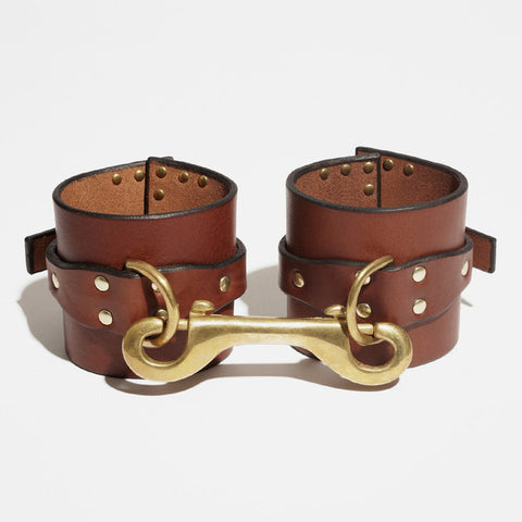 CORNER STUDDED CUFFS BROWN - WRIST