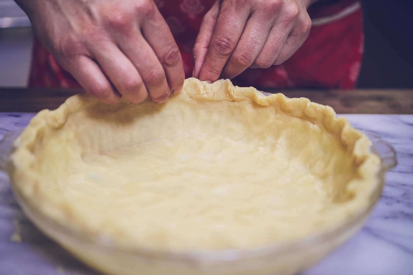 form pie crust
