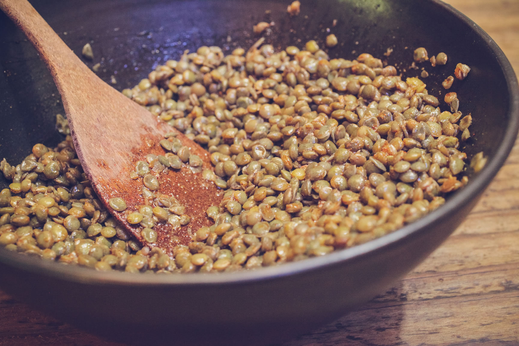 toss lentils in dressing