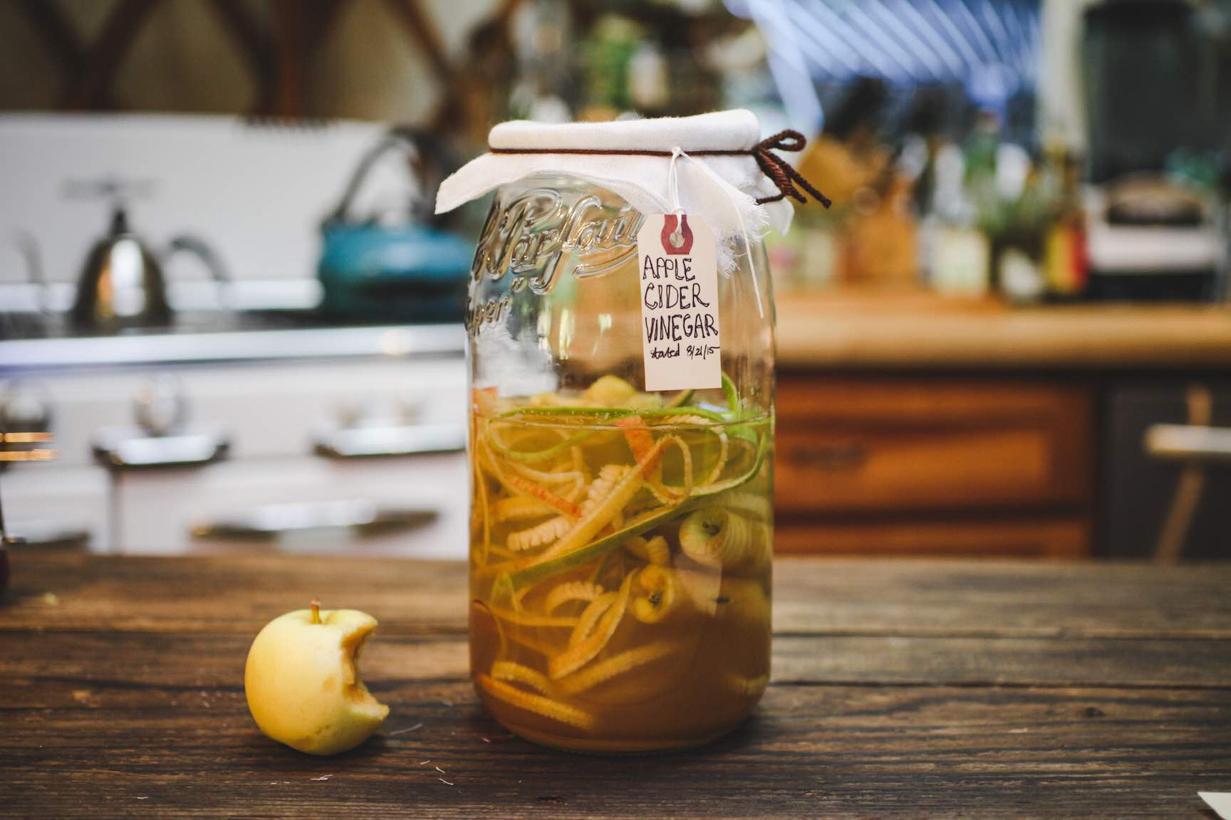Understanding and Making Your Own Vinegar | Mountain Feed