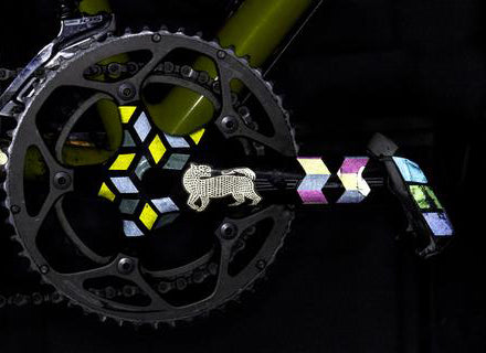 die reflective bicycle decal on crank