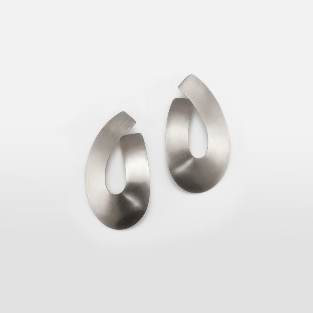 Liike Medium Earrings - Ivory