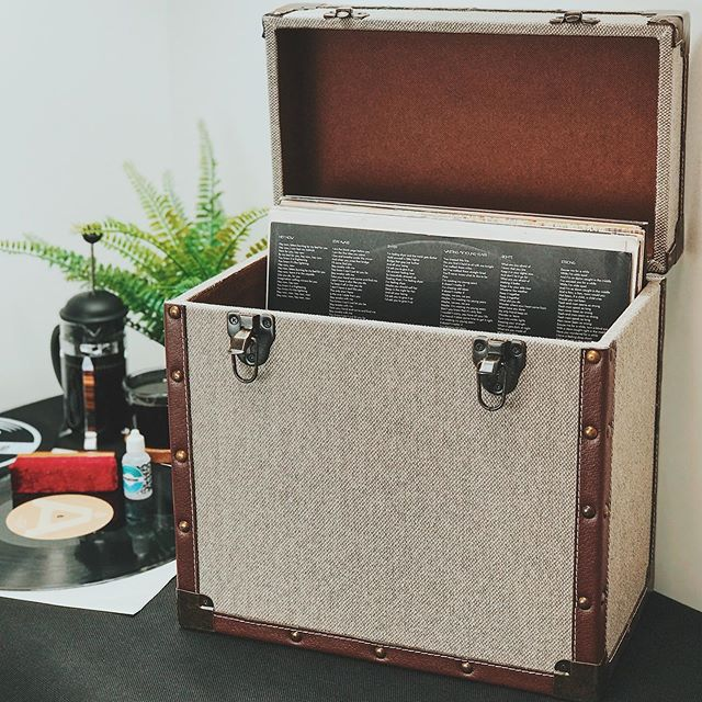 Vinyl Storage - Steepletone 50 LP Record Storage Carry Case - Grey & Brown