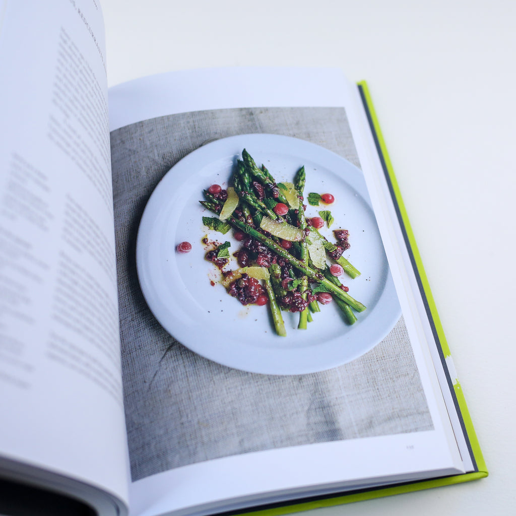 Sour : the magical element that will transform your cooking Book