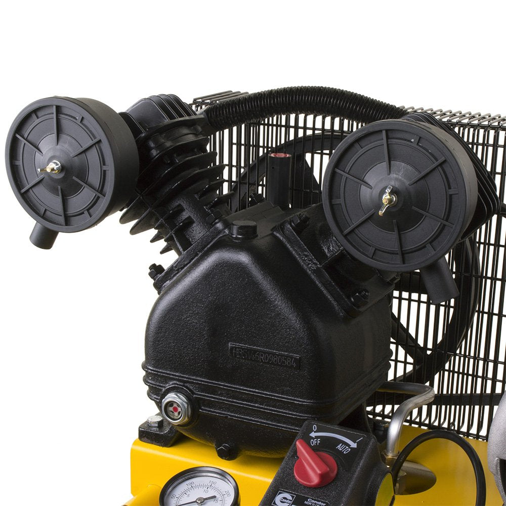 DeWalt DXCMLA1683066 1.6 HP 30-gallon Single Stage Oil-Lube Vertical Portable Air Compressor