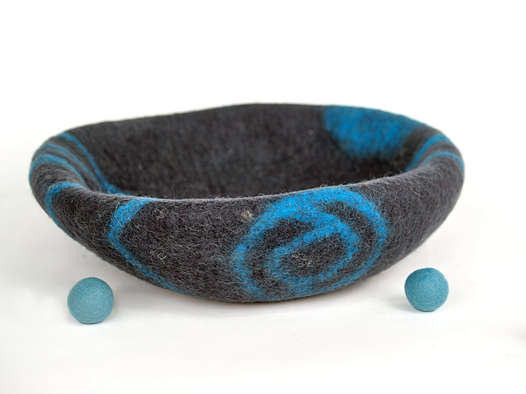 MEOWFIA Premium Felt Cat Cave Bed (Large) - Eco Friendly 100% Merino Wool Bed for Large Cats and Kittens (Asphalt/Aquamarine)