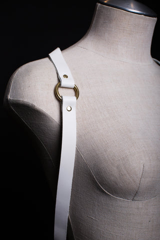 "Simple Drape Harness 3/4"" Wide - WHITE SAMPLE"
