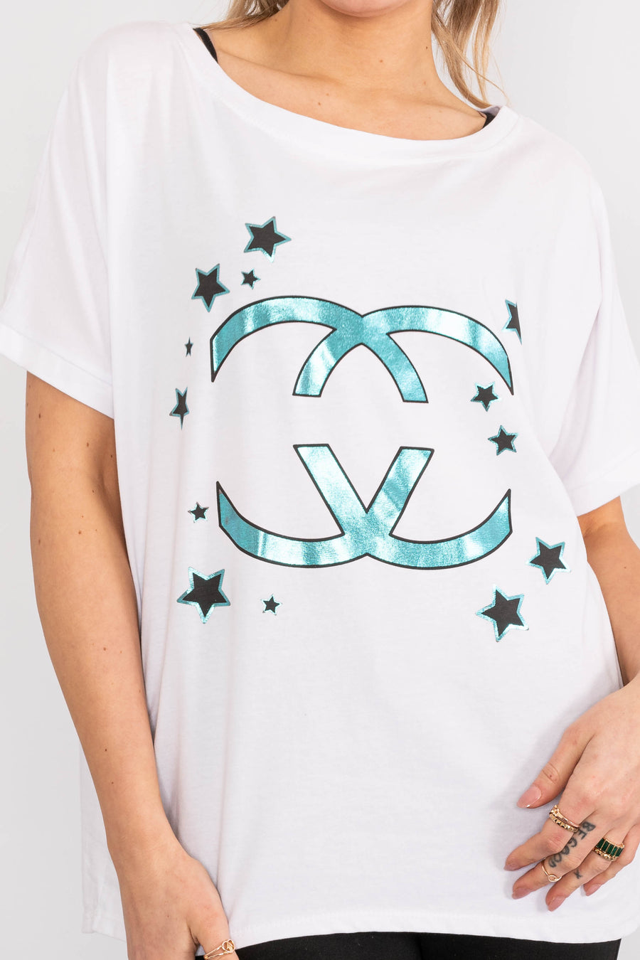 Short sleeved T-Shirt with 'CC' design.