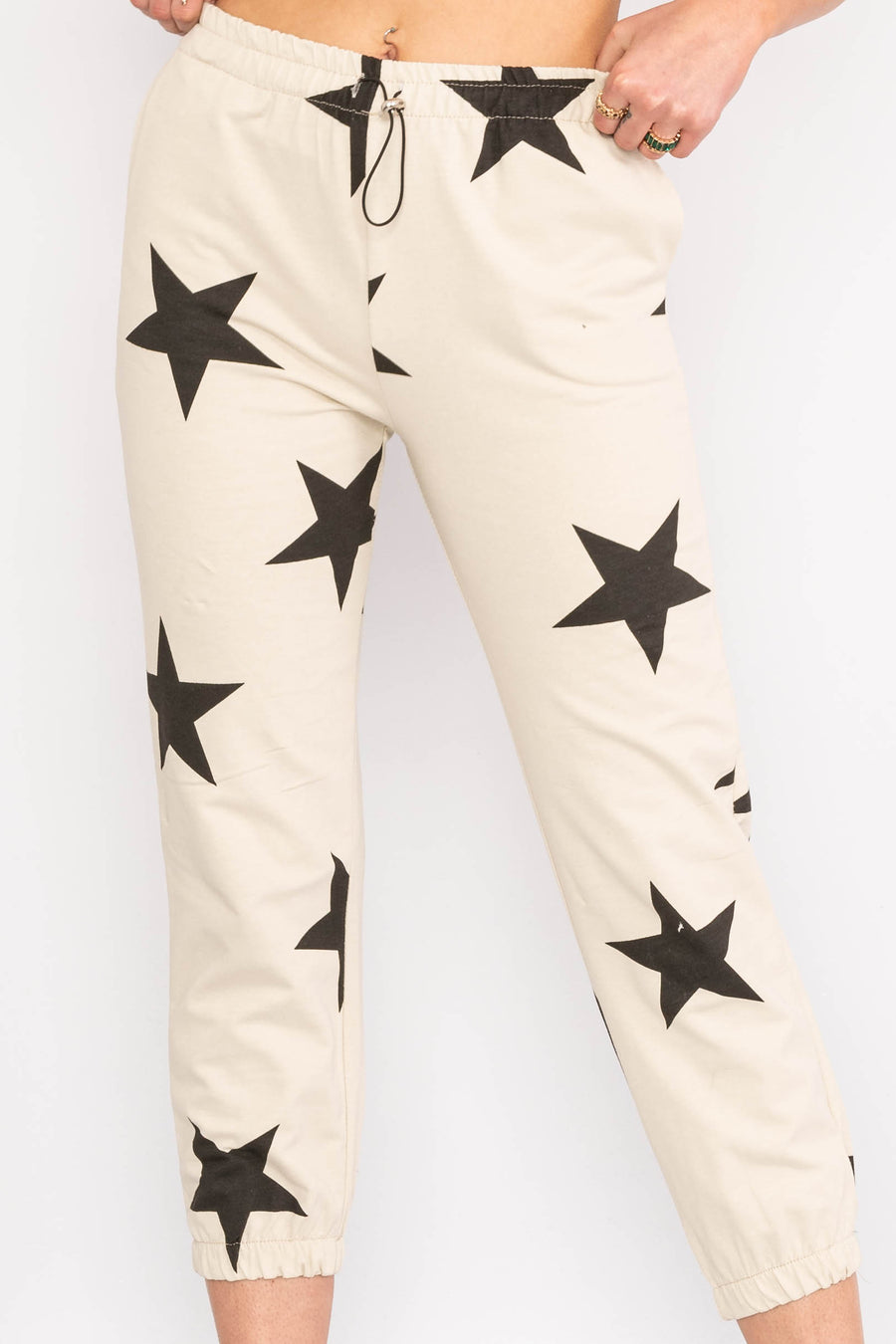 Drawstring star design trousers.