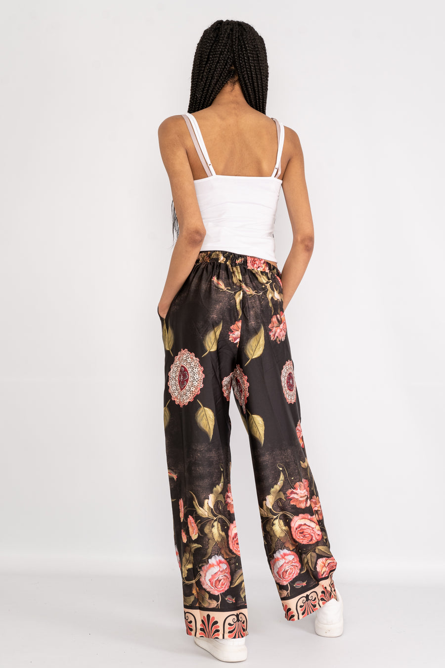 Wide leg trousers in floral patterned satin.