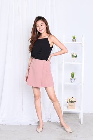 JAYEE MINIMALIST PLEATED SKORTS IN DUSTY PINK
