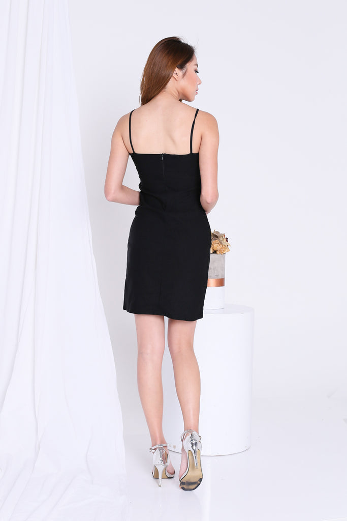 GREECE SIDE SLIT BODYCON DRESS IN BLACK - TOPAZETTE