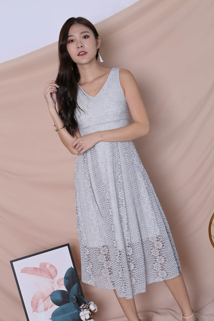 *TPZ* (PREMIUM) YUDEL LACE DRESS IN DUSTY BLUE - TOPAZETTE