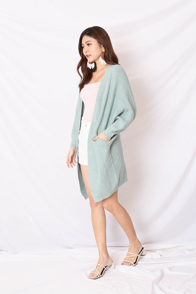 BEA COSY SOFT KNIT CARDIGAN IN MINT