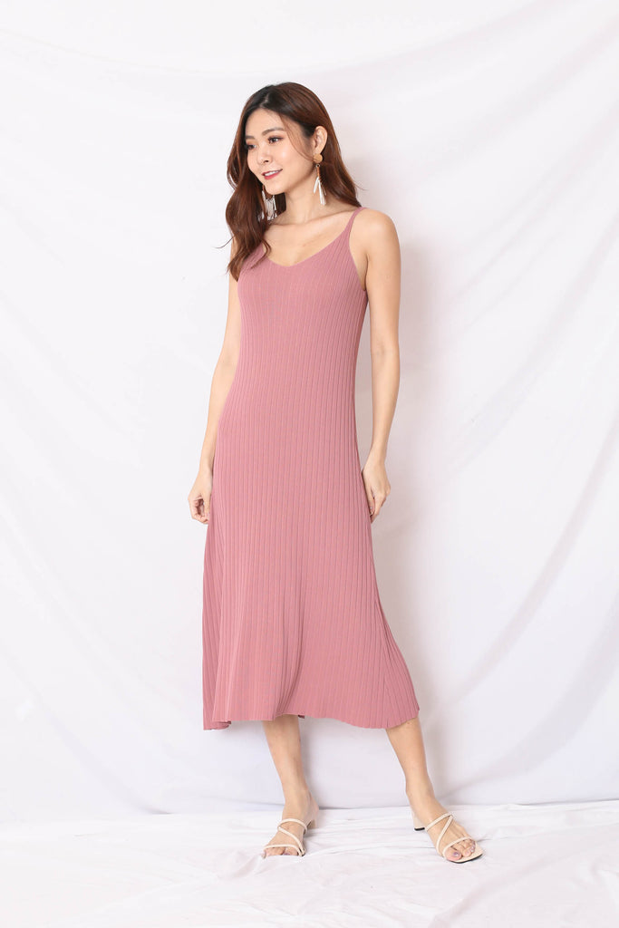 LEICA KNIT DRESS IN ROSE PINK