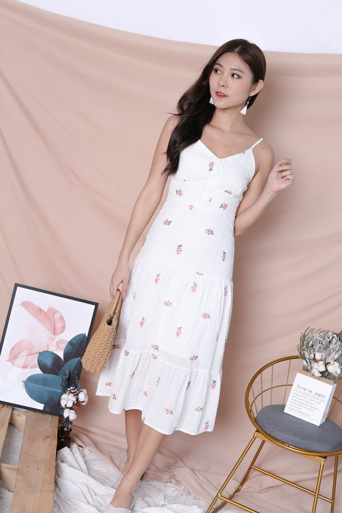 *TPZ* (PREMIUM) DAELYN EYELET EMBROIDERY DRESS IN WHITE