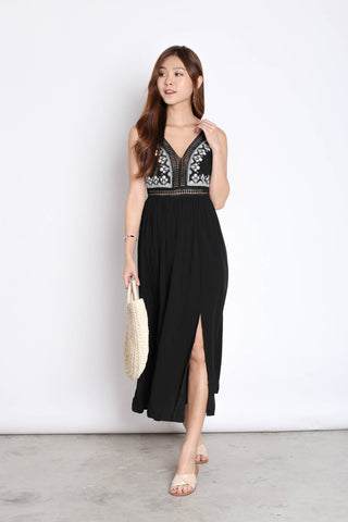 *BACKORDER* RIA EMBROIDERY MAXI IN BLACK