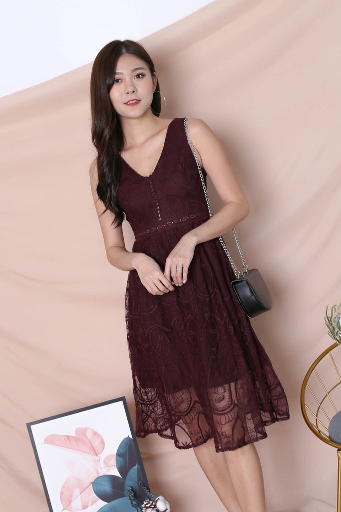*TPZ* (PREMIUM) KASIA ORGANZA LACE DRESS IN PLUM
