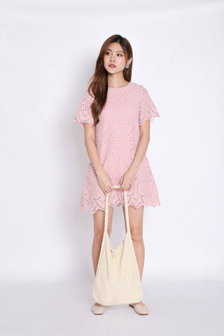 *TPZ* (PREMIUM) SHEILA EYELET SHIFT DRESS IN BABY PINK