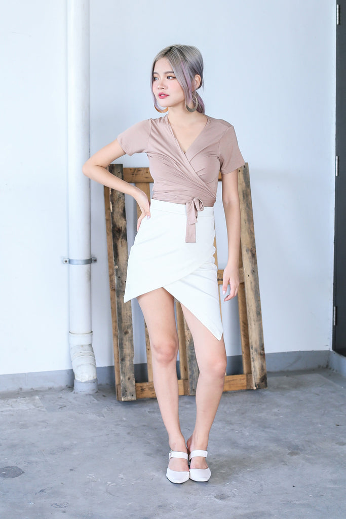 WRAP ME UP TOP IN TAUPE - TOPAZETTE
