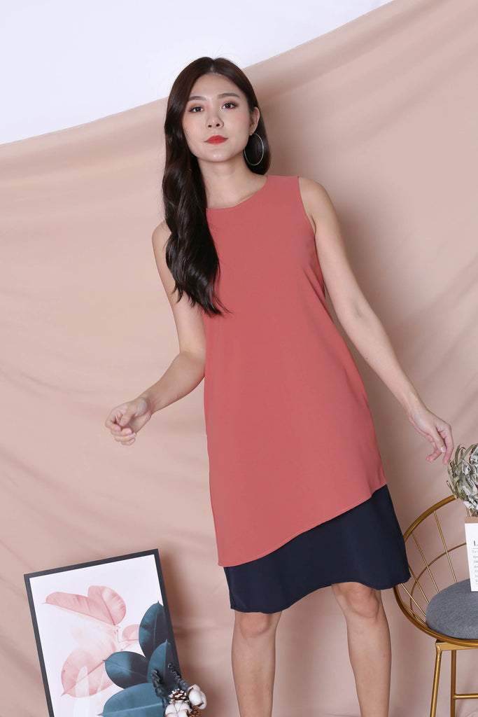 *TPZ* (PREMIUM) ZOE REVERSIBLE COLOURBLOCK DRESS (TEA ROSE/ NAVY) - TOPAZETTE