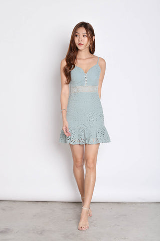 *TPZ* (PREMIUM) FERLYN EYELET DRESS IN MINT