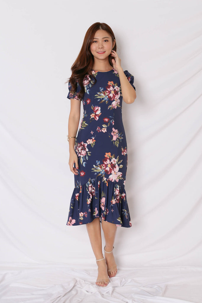 *TPZ* (PREMIUM) YVE DRESS IN NAVY FLORALS