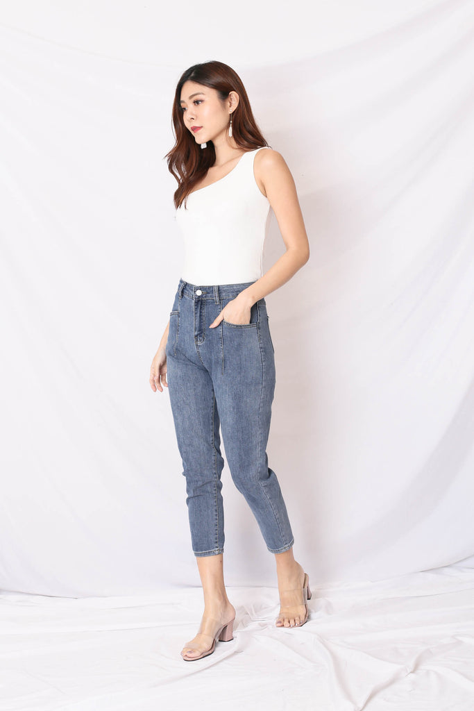 SADE DENIM JEANS IN BLUE WASH