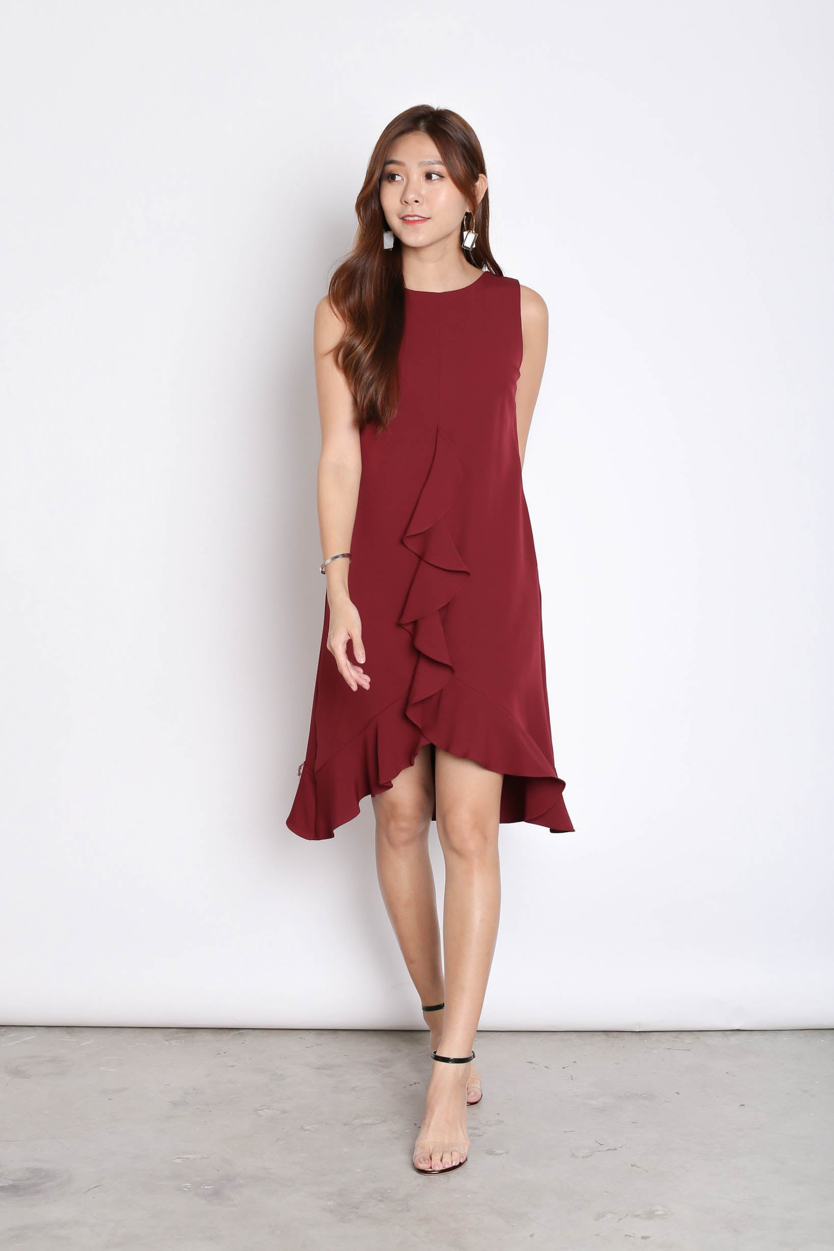 *TPZ* (PREMIUM) MYRLE RUFFLES SHIFT DRESS IN BURGUNDY